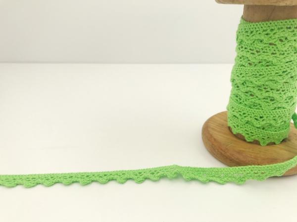 3 m Häkelspitze grün aus Baumwolle