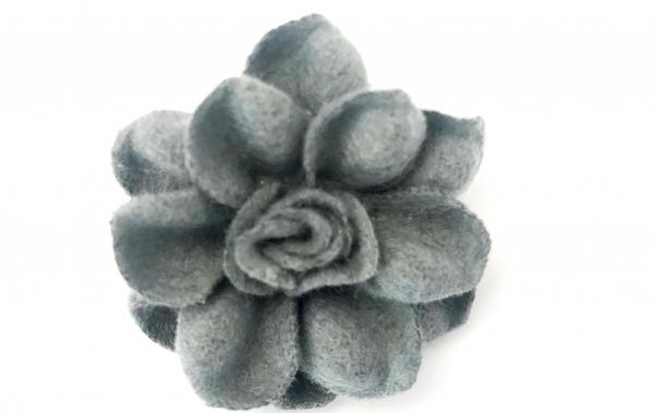 1 Stck Wollblume grau 4 cm