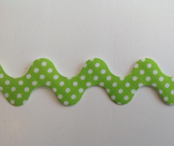 Super breite Zackenlitze hellgrün mit weissen Punkten